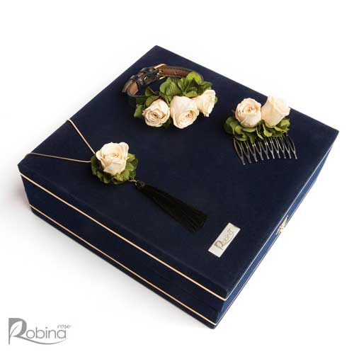 سرویس آزالیا مدل رویال با گل های رز مینیاتوری کرم و هورتانسیا سبز