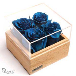 باکس گل رز جاودان تزئین شده با چهار گل آبی