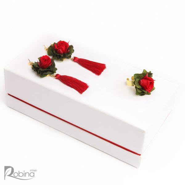 نیم ست آلیشی قرمز سبز با گل های رز ماندگار کلاس رویال