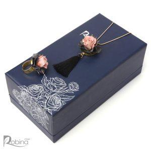 نیم ست ویولا گل رز جاودان کلاس رویال کار شده با گل رز صورتی و هورتانسیا طوسی