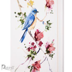 نمایی نزدیک از تابلو کلاژ آبرنگ طرح پرنده با گل های رز مینیاتوری جاودان شده